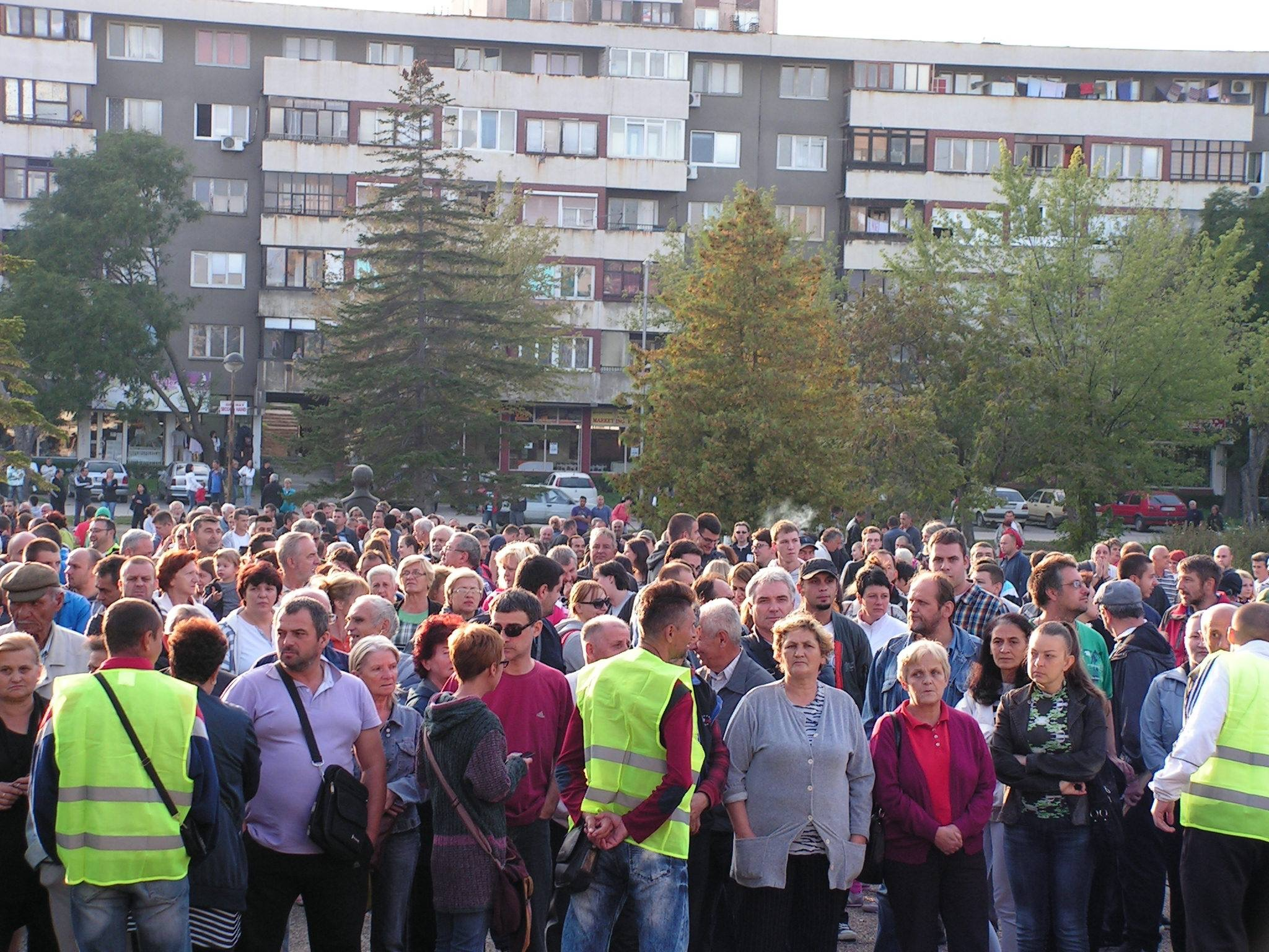 Građani se digli protiv zagađenja Bora. Arhiva: http://www.mc.kcbor.net/2015/10/03/2-ekoloski-protest-6-oktobar/