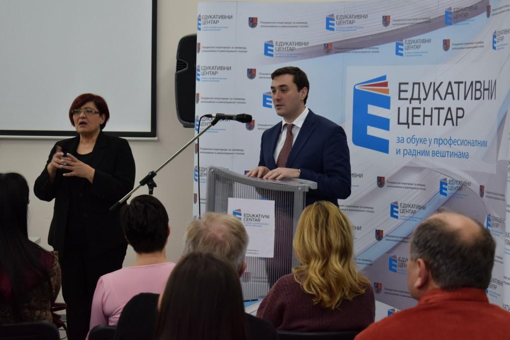 Pokrajinski sekretar za privredu, Ivan Đoković : Potrebno je  zaposliti osobe sa invaliditetom, podići njihov radni kapacitet i kompetencije. Foto: Pokrajinska  vlada